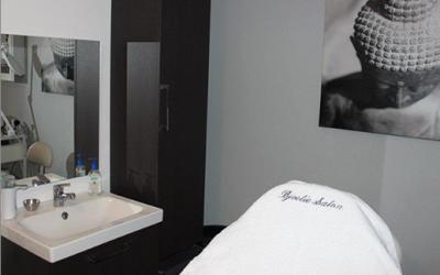 Wenkbrauwen epileren bij bjoetie salon - Inspiratie salon moderne ...