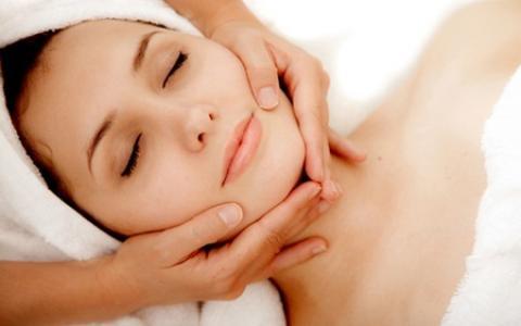 ontspannend massage cum in gezicht